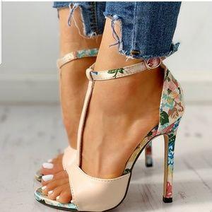SPRING SALE! Beautiful  Beige or Red Floral Sandal